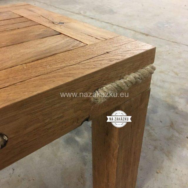 Dubový konfereční stolek