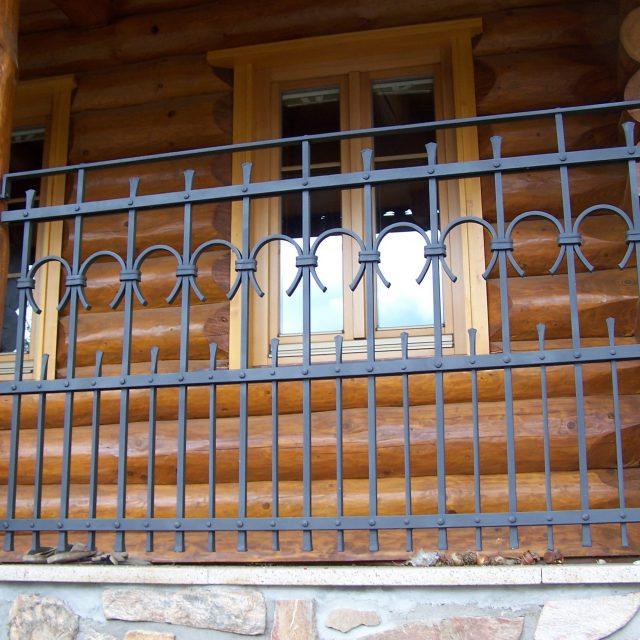 Kovaná mříž oken – umělecké kování