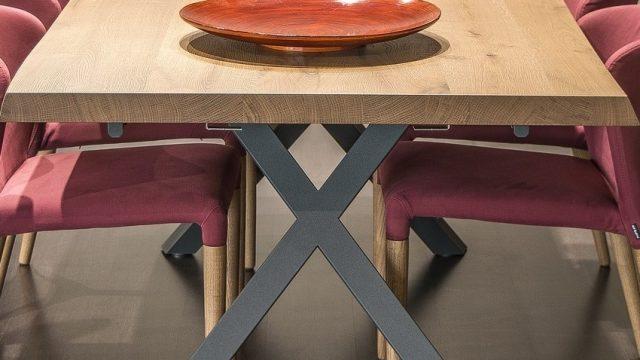 Moderní stoly