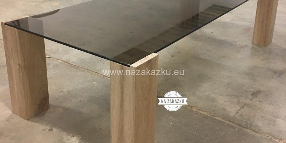 Moderní dubový konferenční stolek
